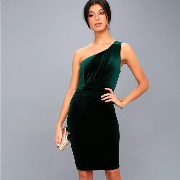 cab54e62740a Lulu's Dresses | Lulus Velvet Green Midi Dress | Poshmark